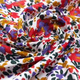 Tissu coton blanc à motif bouquet de fleur rouge, moutarde, vert et lavande  Pretty Mercerie   Mercerie en ligne