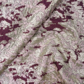 Tissu jacquard mauve et rhododendron à motif abstrait et fil lurex or | Pretty Mercerie | mercerie en ligne