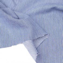 Tissu coton et Tencel bleu marine à motif tissés fines rayures blanches | pretty mercerie | mercerie en ligne