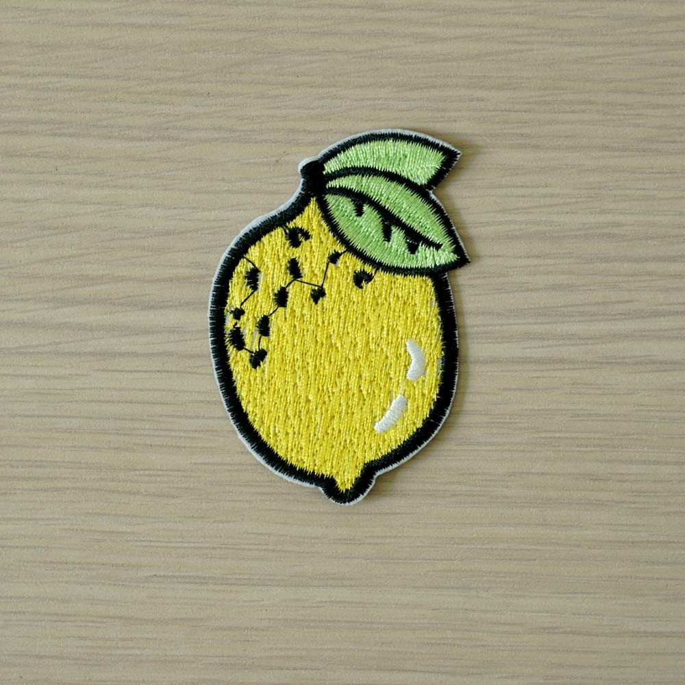 achat Badge brodé motif citron jaune  - pretty mercerie - mercerie en ligne